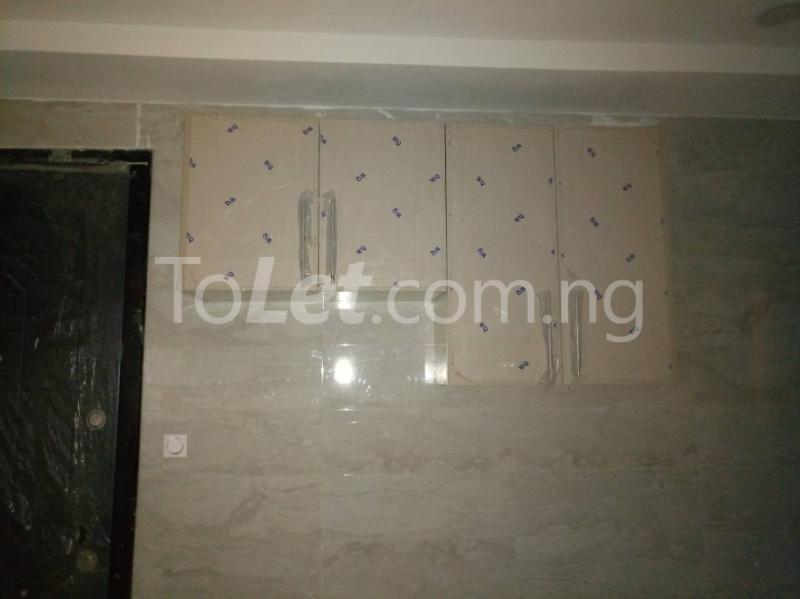 3 bedroom Flat / Apartment for rent - Alagomeji Yaba Lagos - 8
