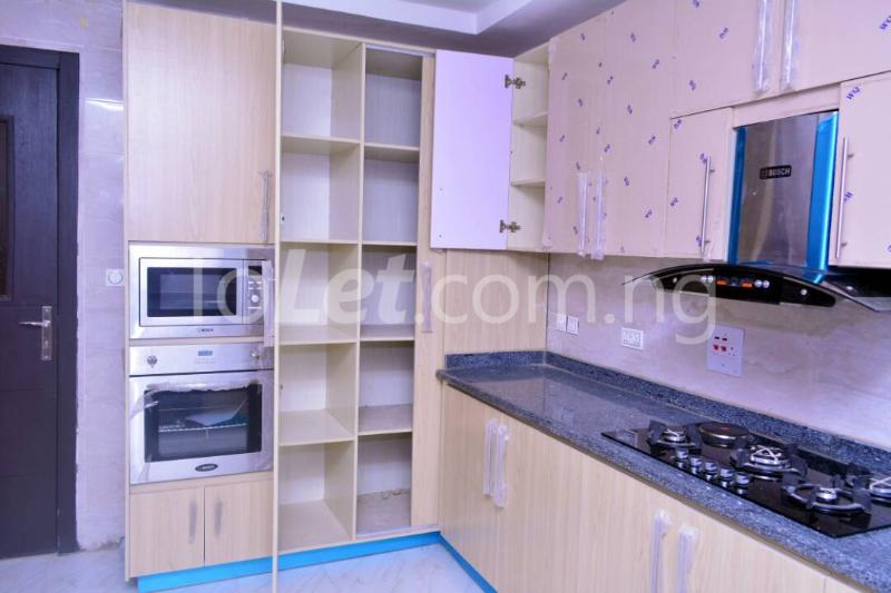 3 bedroom Flat / Apartment for rent - Alagomeji Yaba Lagos - 5