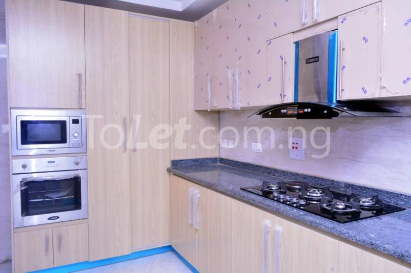 3 bedroom Flat / Apartment for rent - Alagomeji Yaba Lagos - 6