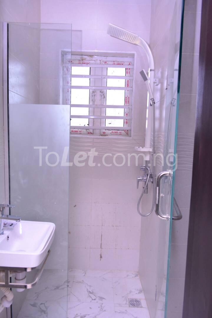 3 bedroom Flat / Apartment for rent - Alagomeji Yaba Lagos - 16