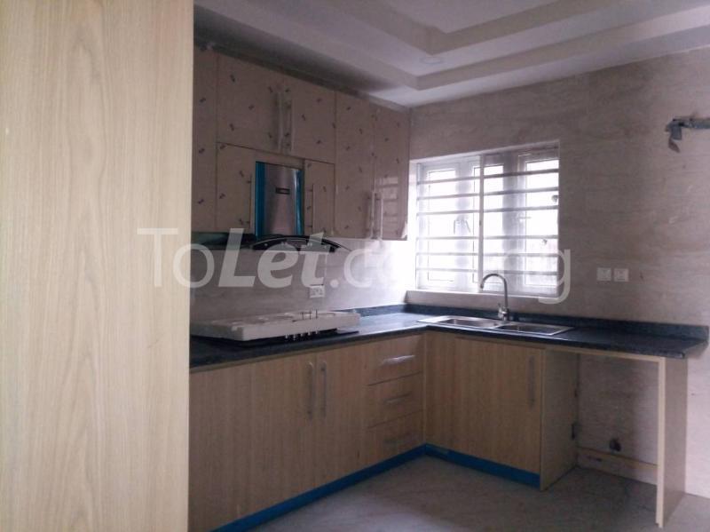 3 bedroom Flat / Apartment for rent - Alagomeji Yaba Lagos - 7