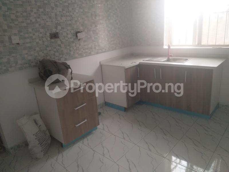 2 bedroom Flat / Apartment for rent On a tarred road jakande lekki Jakande Lekki Lagos - 5