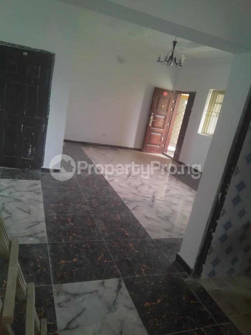 2 bedroom Flat / Apartment for rent On a tarred road jakande lekki Jakande Lekki Lagos - 4