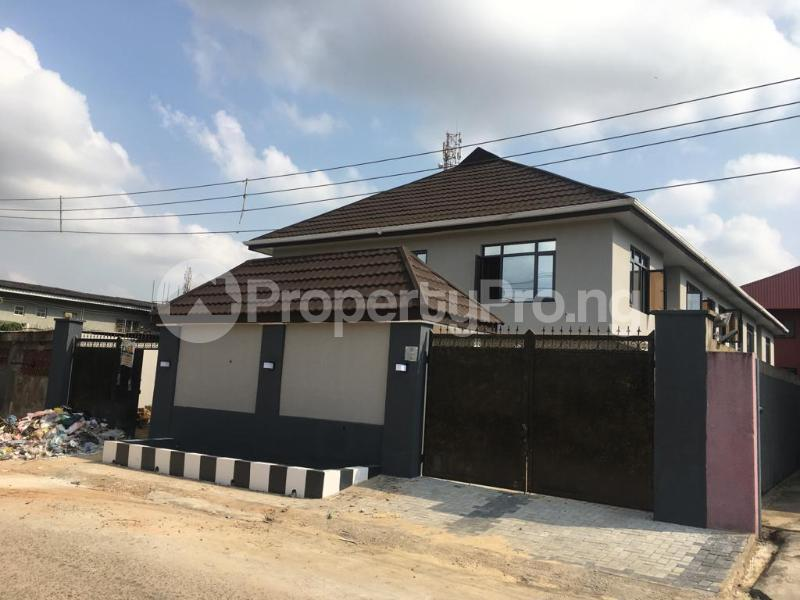 2 bedroom Flat / Apartment for rent Within an Estate Adeniyi Jones Ikeja Lagos - 9
