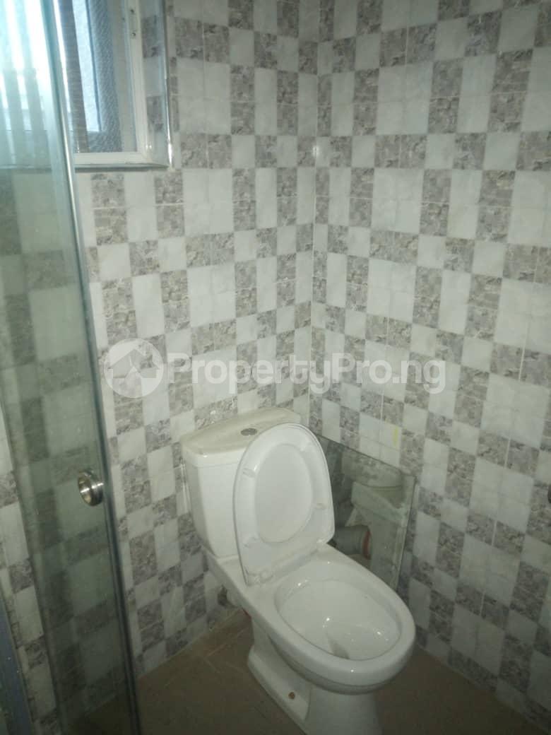 2 bedroom Flat / Apartment for rent Off Odo Olowu Street  Ijesha Surulere Lagos - 6