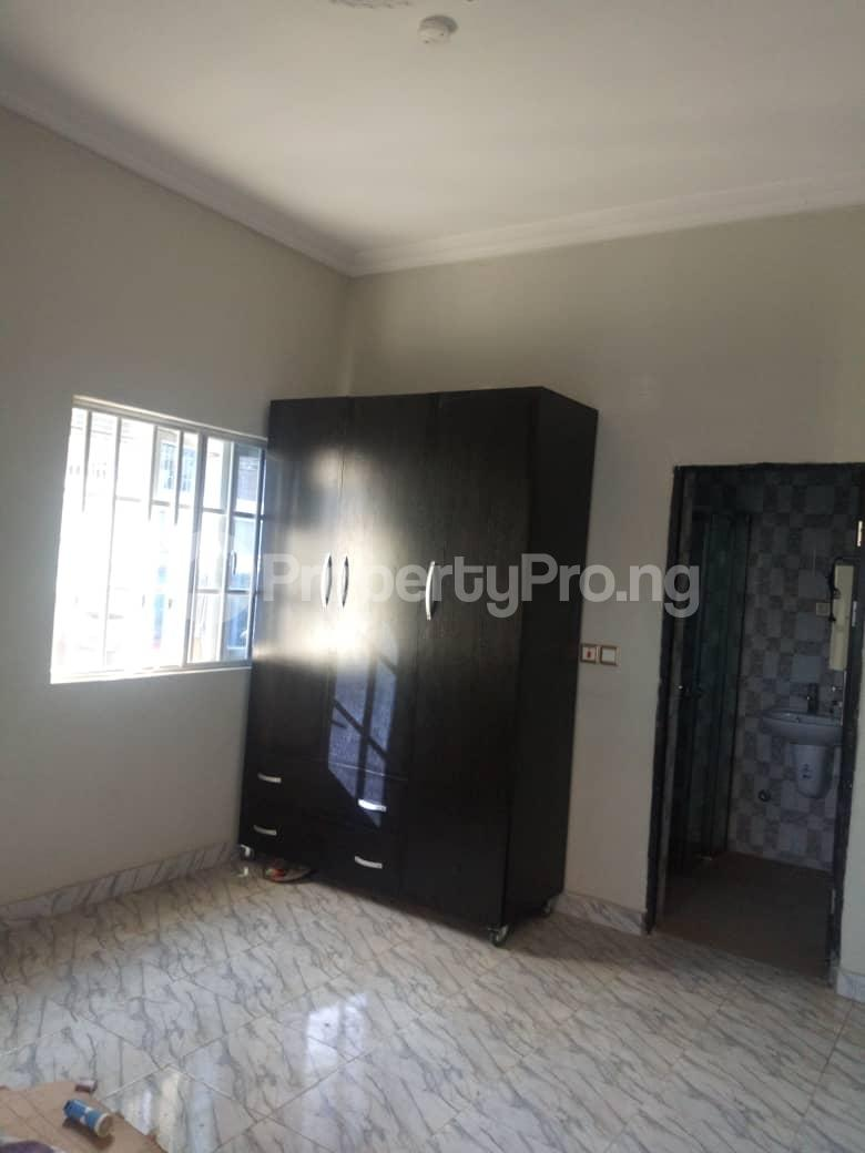2 bedroom Flat / Apartment for rent Off Odo Olowu Street  Ijesha Surulere Lagos - 4
