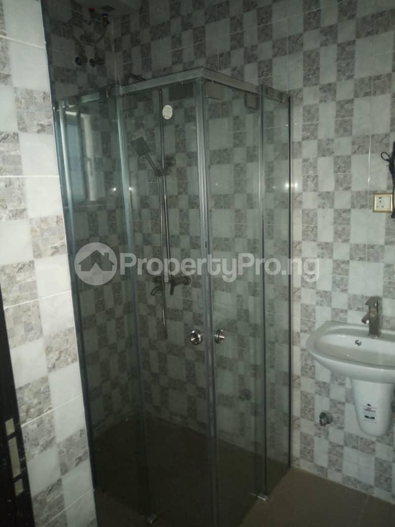 2 bedroom Flat / Apartment for rent Off Odo Olowu Street  Ijesha Surulere Lagos - 7