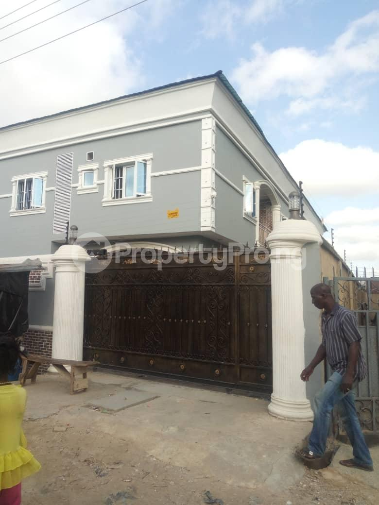 2 bedroom Flat / Apartment for rent Off Odo Olowu Street  Ijesha Surulere Lagos - 9