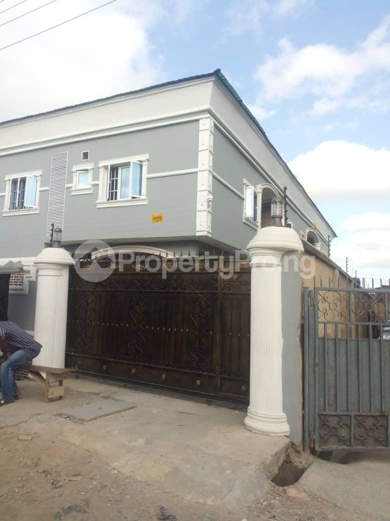 2 bedroom Flat / Apartment for rent Off Odo Olowu Street  Ijesha Surulere Lagos - 13