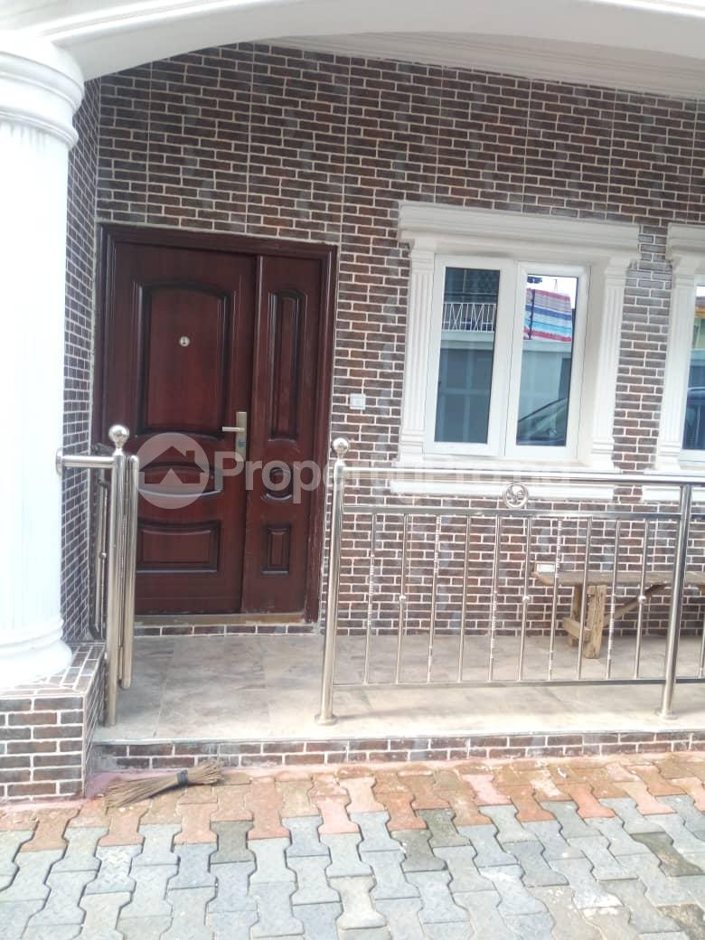 2 bedroom Flat / Apartment for rent Off Odo Olowu Street  Ijesha Surulere Lagos - 8