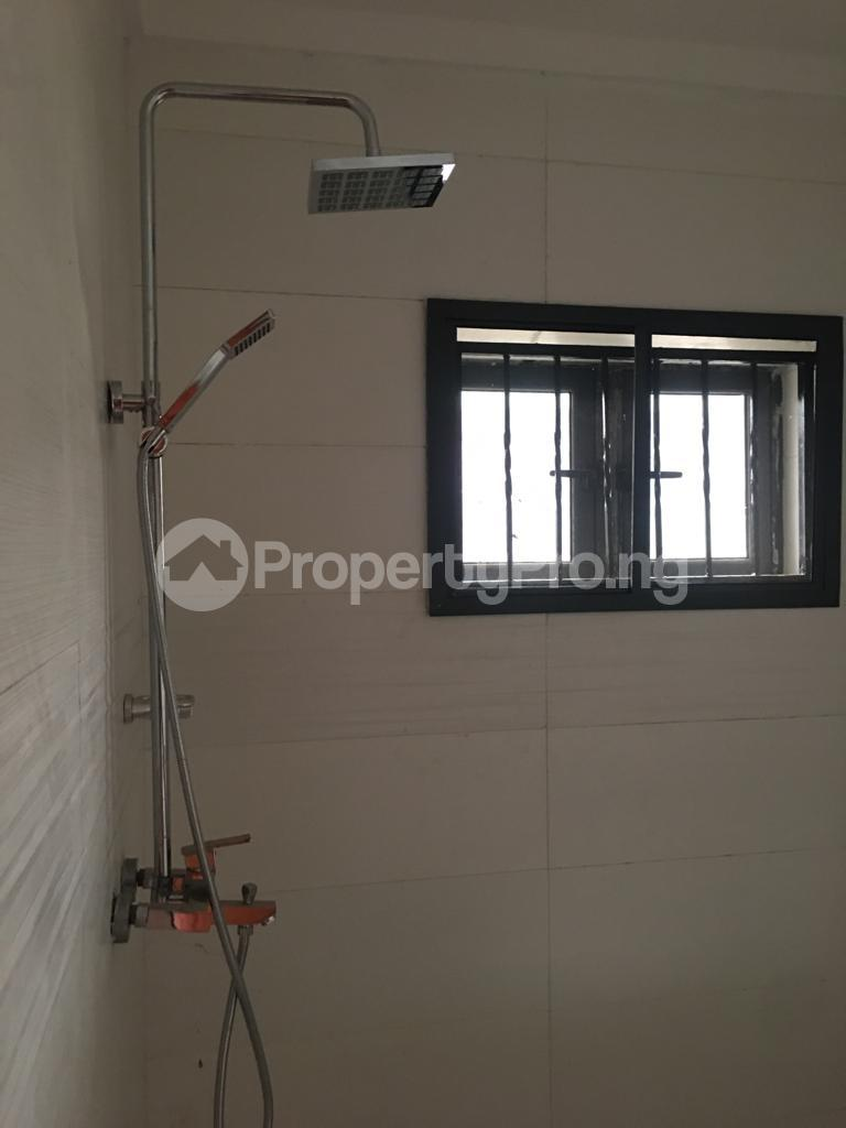 3 bedroom Flat / Apartment for rent Within an Estate Adeniyi Jones Ikeja Lagos - 14