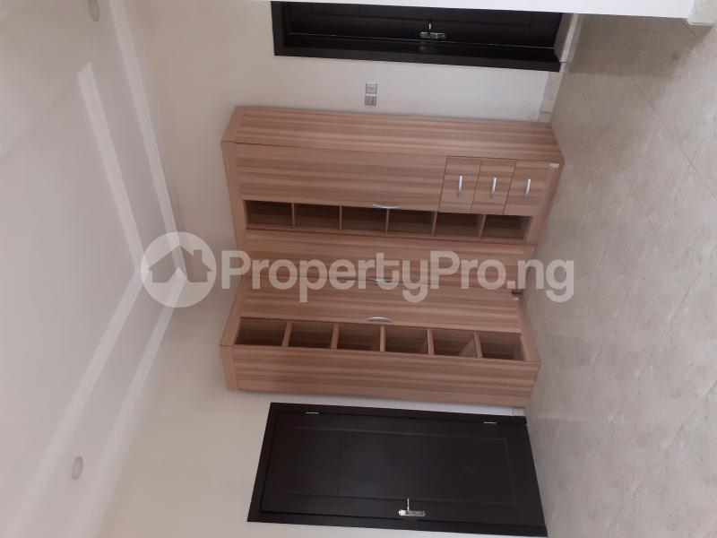 4 bedroom Semi Detached Duplex House for sale Ologolo Estate Ologolo Lekki Lagos - 0