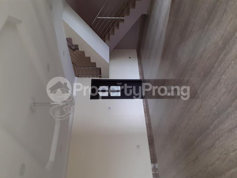 4 bedroom Semi Detached Duplex House for sale Ologolo Estate Ologolo Lekki Lagos - 18