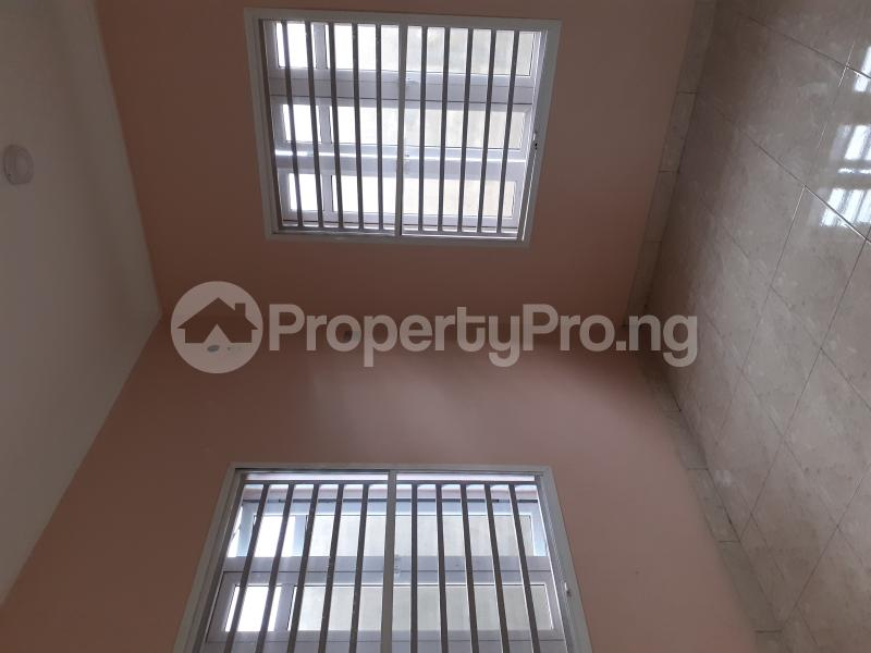 4 bedroom Semi Detached Duplex House for sale Ologolo Estate Ologolo Lekki Lagos - 8