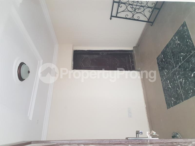 1 bedroom mini flat  Mini flat Flat / Apartment for rent Off Cole Street by Olufemi Street  Ogunlana Surulere Lagos - 13