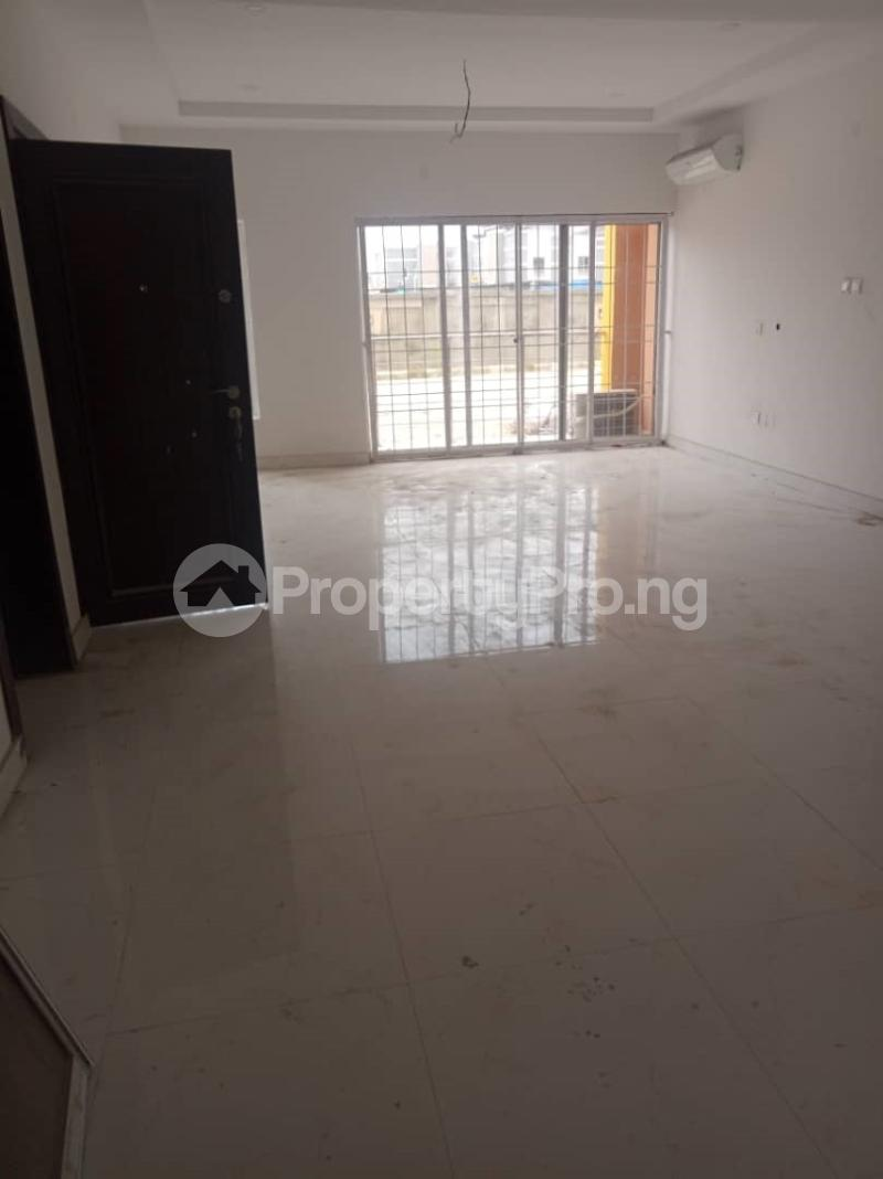 3 bedroom Flat / Apartment for sale ONIRU Victoria Island Lagos - 3
