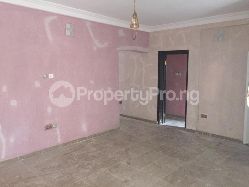 3 bedroom Flat / Apartment for rent ALAKA  Abule-Ijesha Yaba Lagos - 3
