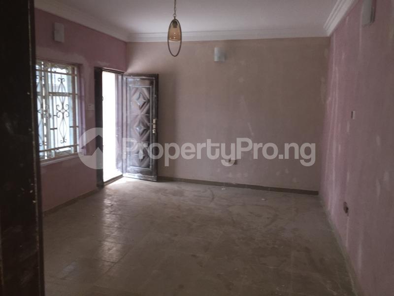 3 bedroom Flat / Apartment for rent ALAKA  Abule-Ijesha Yaba Lagos - 2