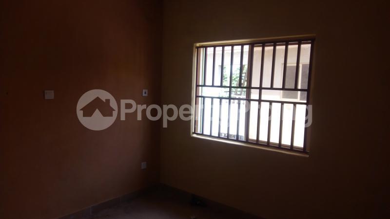 3 bedroom Flat / Apartment for rent Ogunronbi Estate Idimu Egbe/Idimu Lagos - 12
