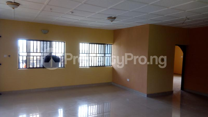 3 bedroom Flat / Apartment for rent Ogunronbi Estate Idimu Egbe/Idimu Lagos - 2