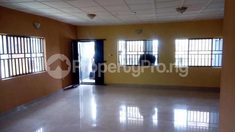 3 bedroom Flat / Apartment for rent Ogunronbi Estate Idimu Egbe/Idimu Lagos - 3