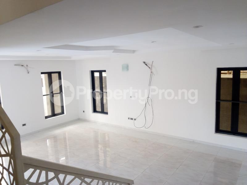 5 bedroom Detached Duplex House for sale ONIRU Victoria Island Lagos - 3