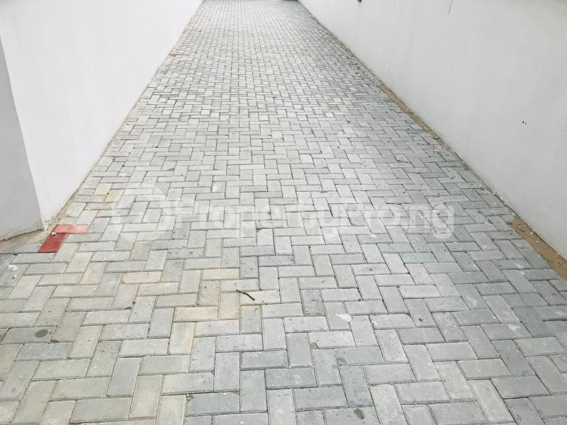 4 bedroom Semi Detached Duplex House for rent Ologolo Ologolo Lekki Lagos - 8