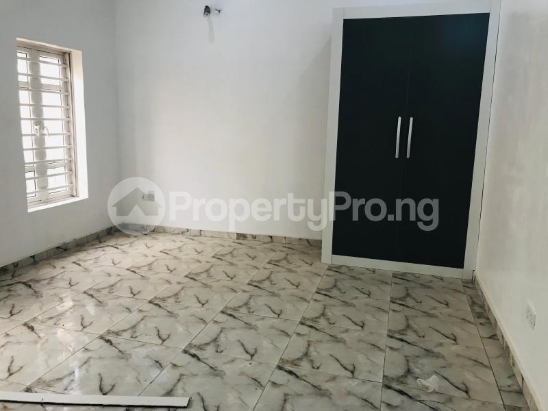 4 bedroom Semi Detached Duplex House for rent Ologolo Ologolo Lekki Lagos - 7
