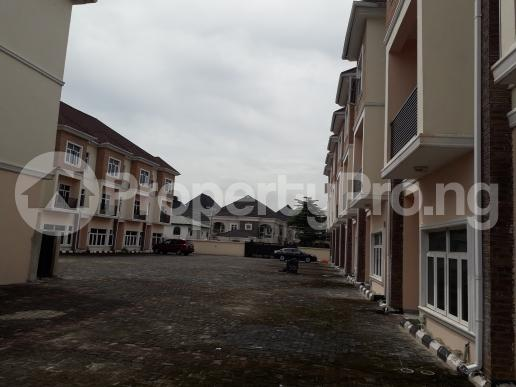 4 bedroom Terraced Duplex House for rent off circle mall road,  Osapa london Lekki Lagos - 11