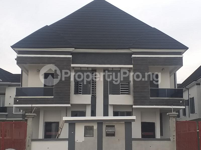 4 bedroom Semi Detached Duplex House for sale Chevron Alternative road Chevron lekki Lagos  chevron Lekki Lagos - 11