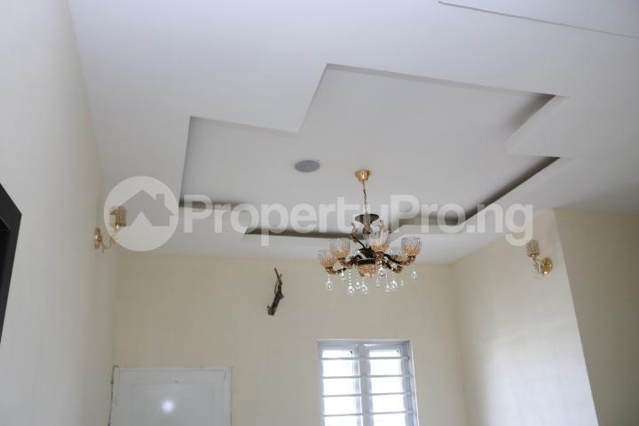 4 bedroom Semi Detached Duplex House for sale Canal West Estate Osapa london Lekki Lagos - 33