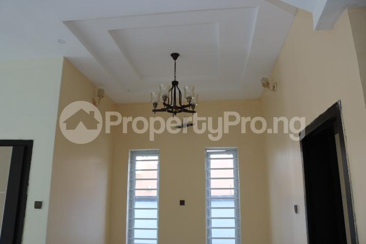 4 bedroom Semi Detached Duplex House for sale Canal West Estate Osapa london Lekki Lagos - 15