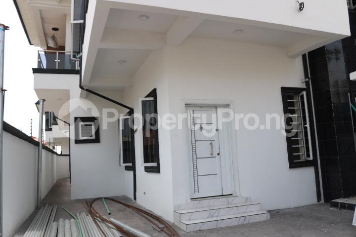 4 bedroom Semi Detached Duplex House for sale Canal West Estate Osapa london Lekki Lagos - 3