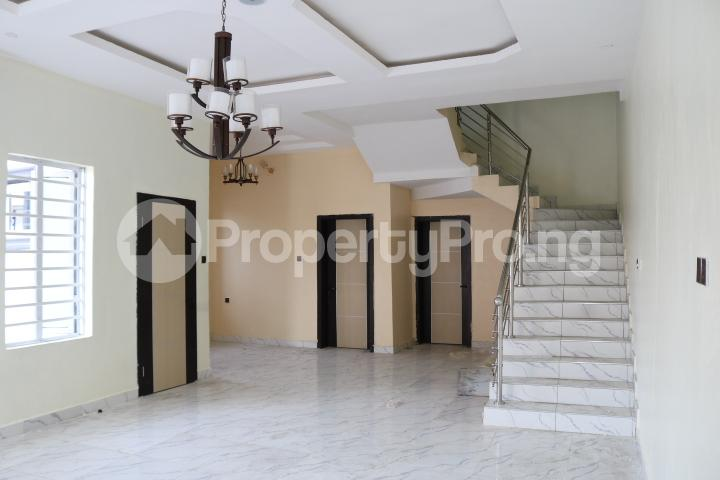 4 bedroom Semi Detached Duplex House for sale Canal West Estate Osapa london Lekki Lagos - 11
