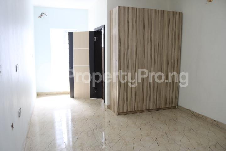 4 bedroom Semi Detached Duplex House for sale Canal West Estate Osapa london Lekki Lagos - 47