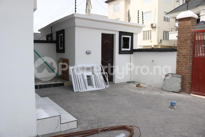 4 bedroom Semi Detached Duplex House for sale Canal West Estate Osapa london Lekki Lagos - 5