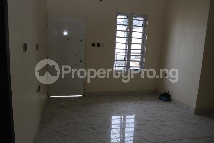 4 bedroom Semi Detached Duplex House for sale Canal West Estate Osapa london Lekki Lagos - 32