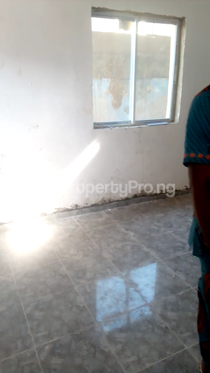 1 bedroom mini flat  Mini flat Flat / Apartment for rent Bye pass Ilupeju Ilupeju Lagos - 3