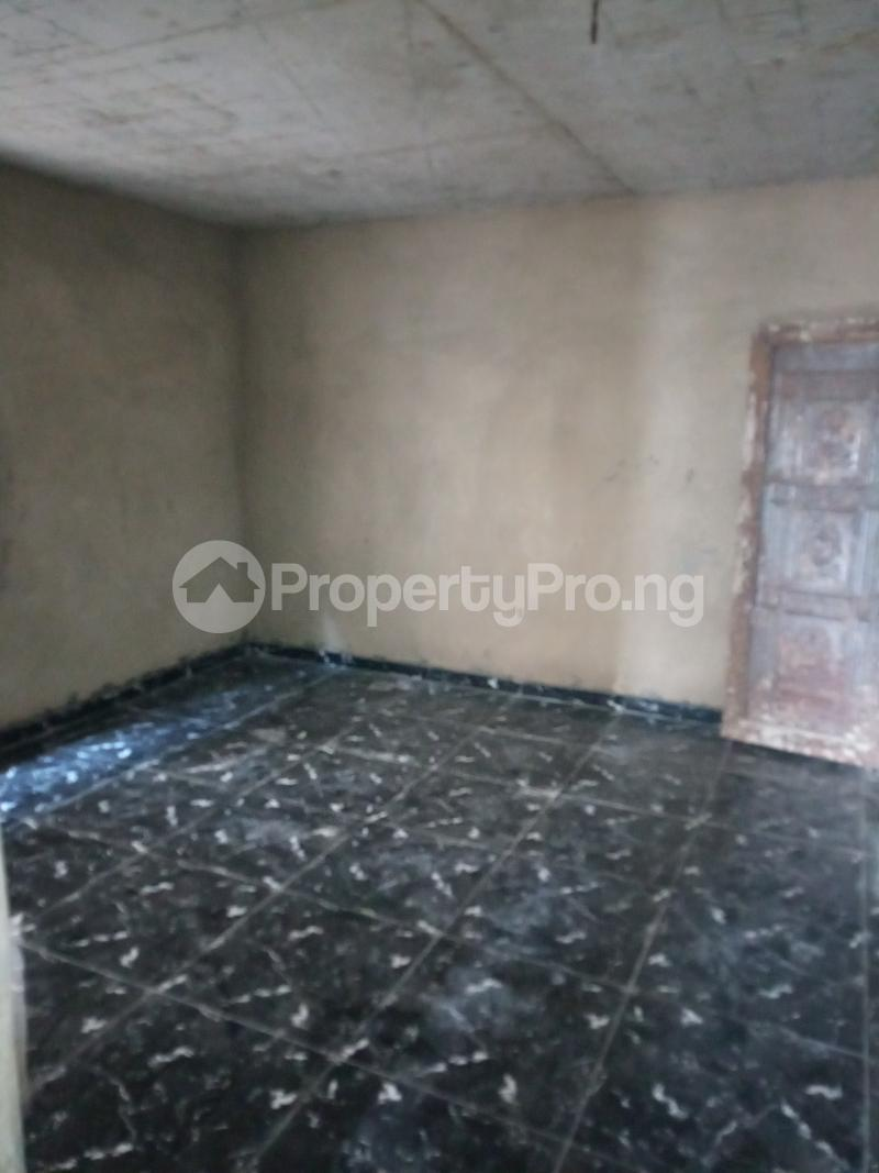 1 bedroom mini flat  Mini flat Flat / Apartment for rent Ojuelegba Ojuelegba Surulere Lagos - 4