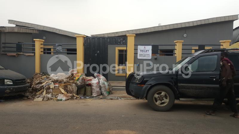 1 bedroom mini flat  Mini flat Flat / Apartment for rent Araromi Itire Surulere Lagos - 0