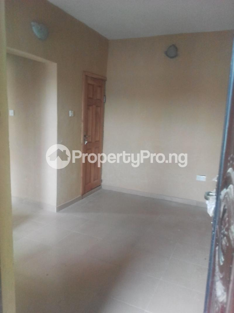 1 bedroom mini flat  Mini flat Flat / Apartment for rent Yabatech  Abule-Ijesha Yaba Lagos - 2