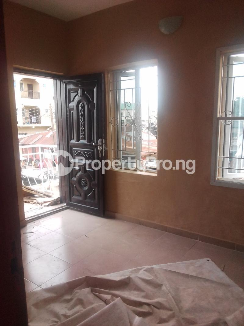 1 bedroom mini flat  Mini flat Flat / Apartment for rent Yabatech  Abule-Ijesha Yaba Lagos - 3
