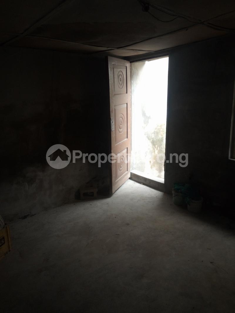 1 bedroom mini flat  Mini flat Flat / Apartment for rent By car was bus stop oworo Kosofe Kosofe/Ikosi Lagos - 4