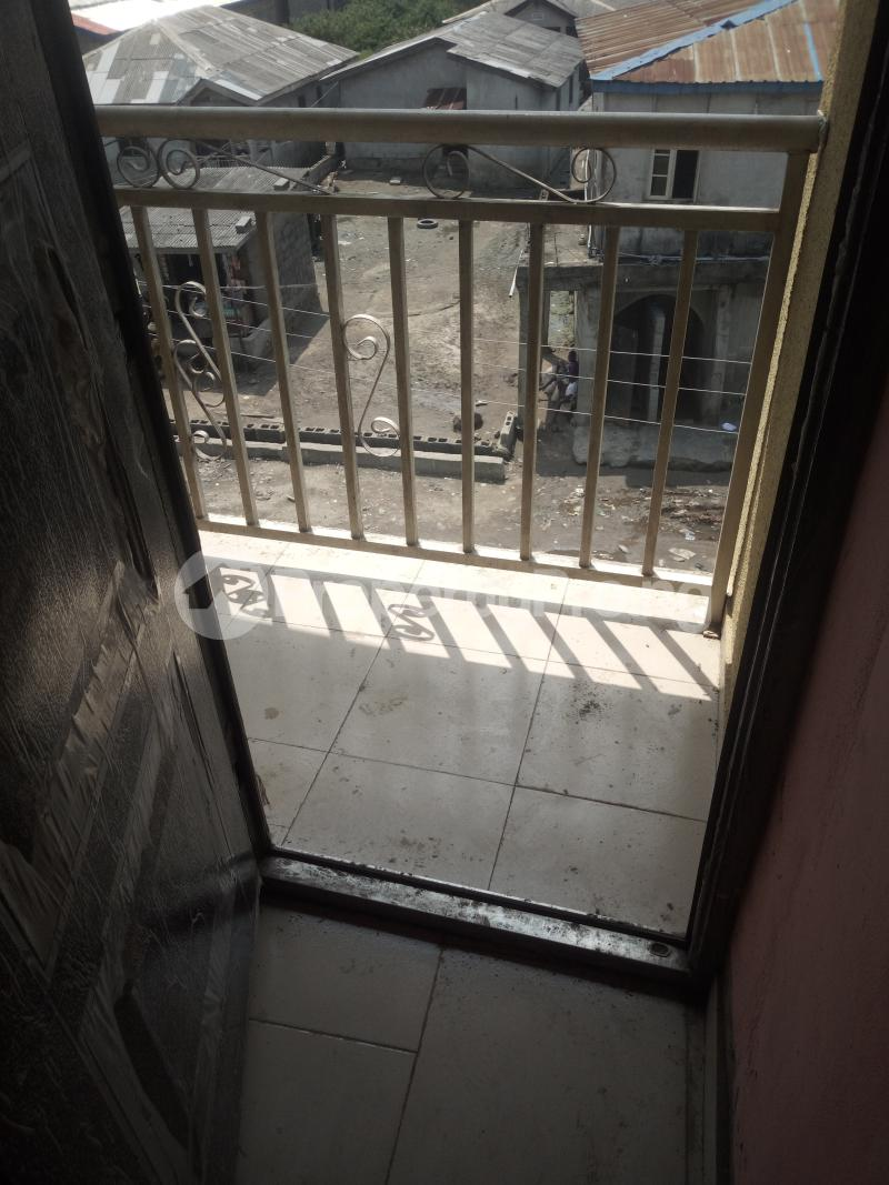 1 bedroom mini flat  Mini flat Flat / Apartment for rent By car wash bus stop Oworo Kosofe Kosofe/Ikosi Lagos - 5