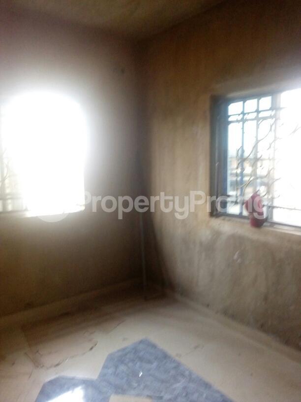 1 bedroom mini flat  Mini flat Flat / Apartment for rent off  Lawanson Surulere Lagos - 1
