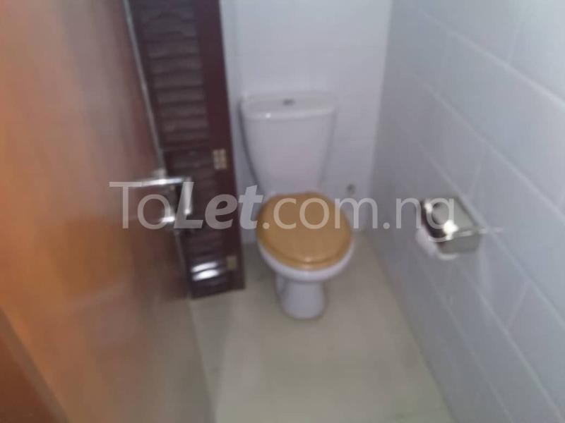 Office Space Commercial Property for rent JIbowu Jibowu Yaba Lagos - 10