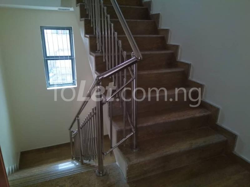 Office Space Commercial Property for rent JIbowu Jibowu Yaba Lagos - 4