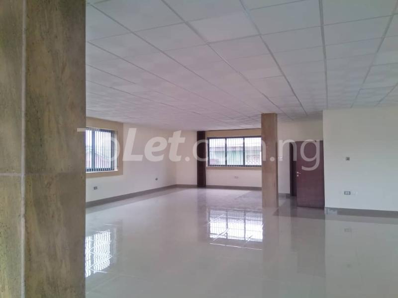 Office Space Commercial Property for rent JIbowu Jibowu Yaba Lagos - 3