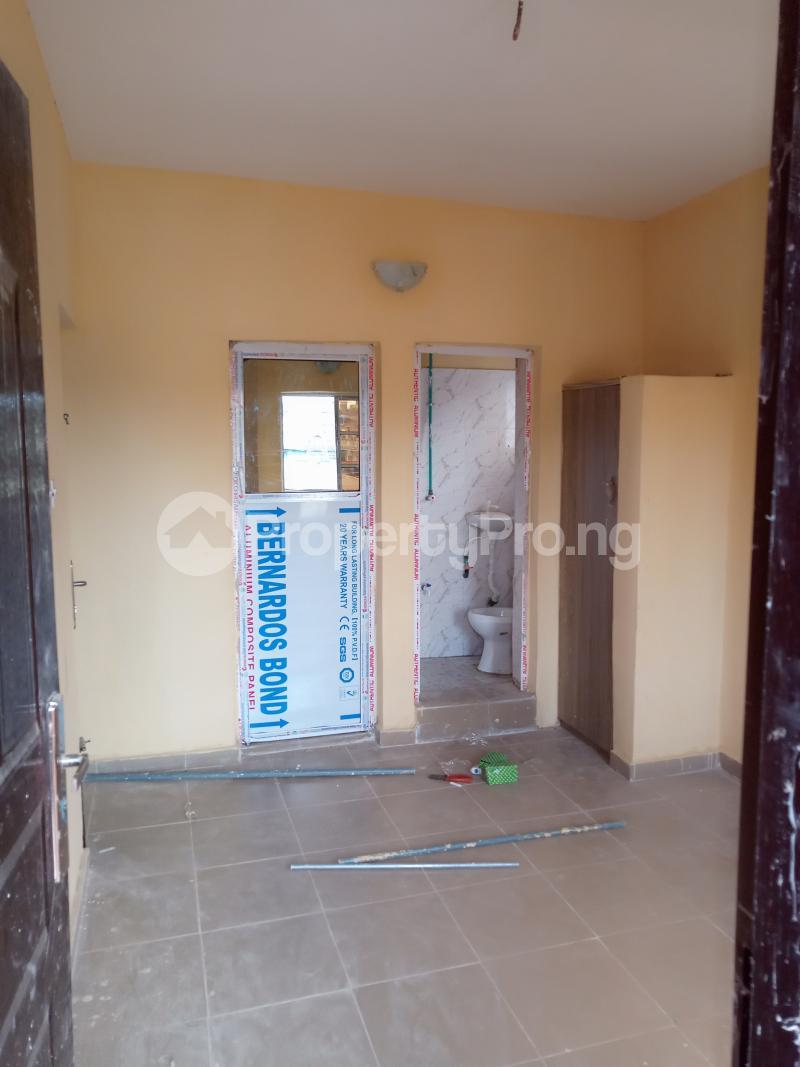 1 bedroom mini flat  Self Contain Flat / Apartment for rent Bajulaiye Fola Agoro Yaba Lagos - 1