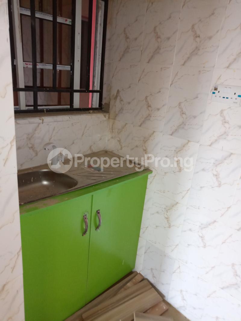 1 bedroom mini flat  Self Contain Flat / Apartment for rent Bajulaiye Fola Agoro Yaba Lagos - 2